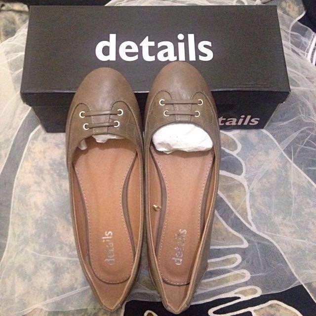 Flat Shoes Details