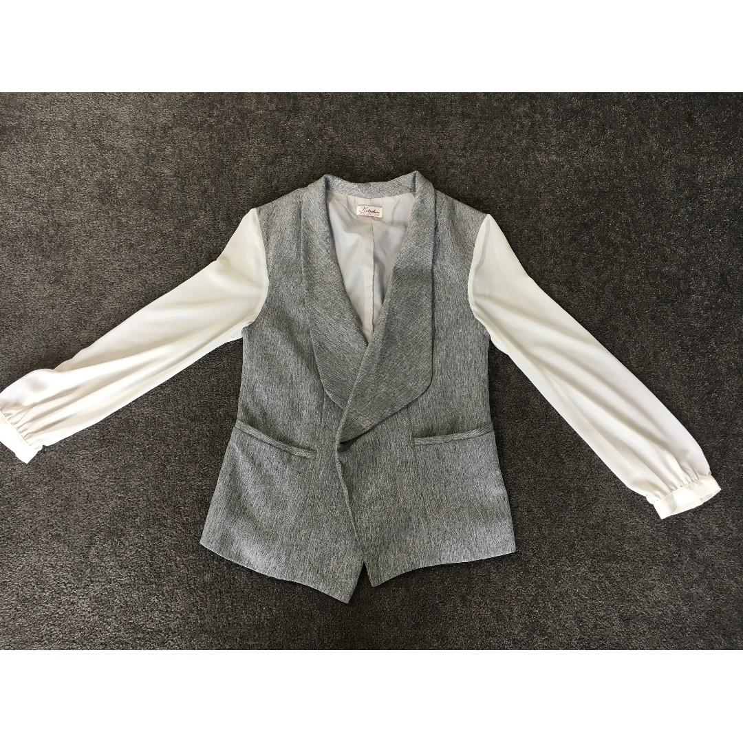 Grey blazer