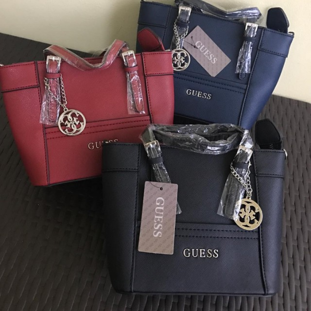 Guess Small sling bag