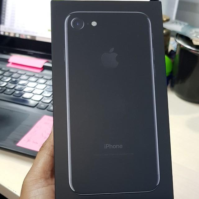 Iphone 7 128GB Negotiable Elektronik Telepon Seluler Di Carousell