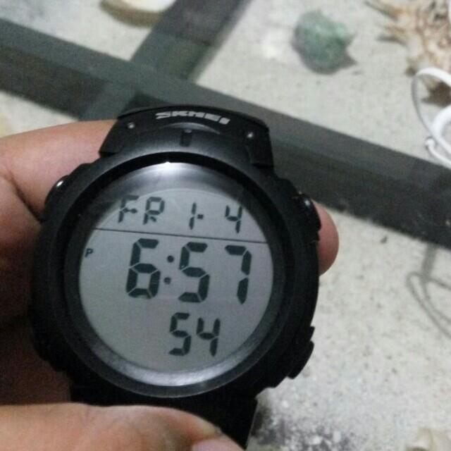 Jam Digital Skmei water resist 50m