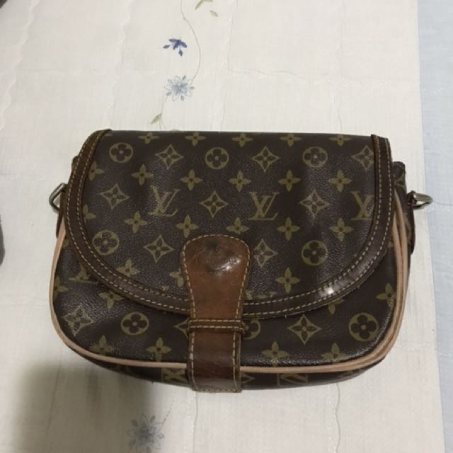 Louis Vuitton Vintage sling bag
