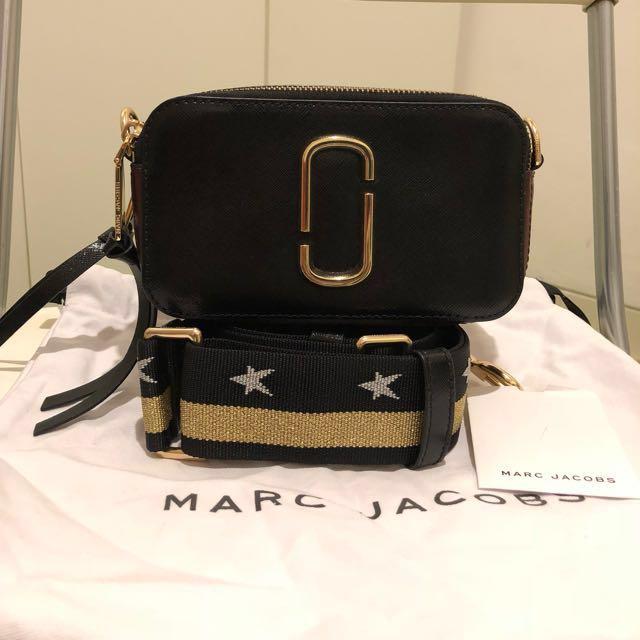 Marc Jacobs snapshot colour black