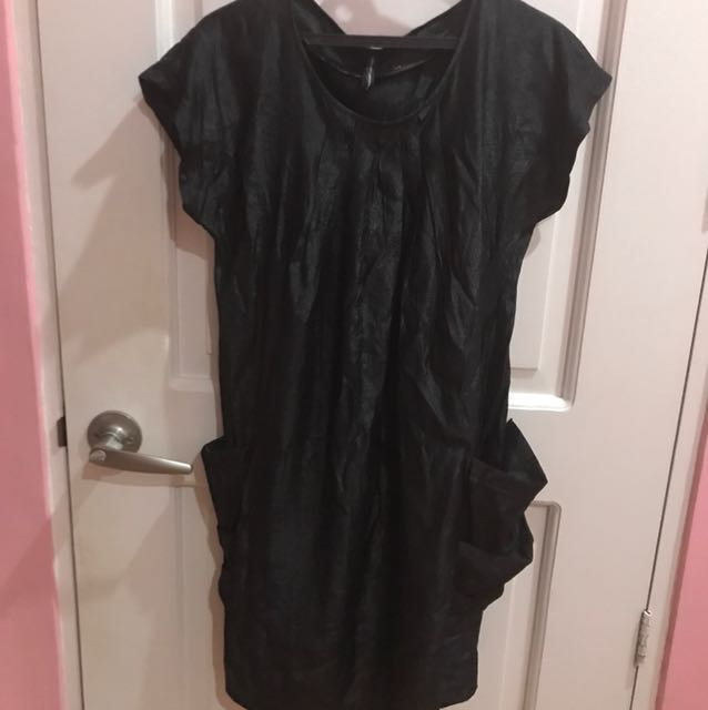NafNaf black dress with side pockets