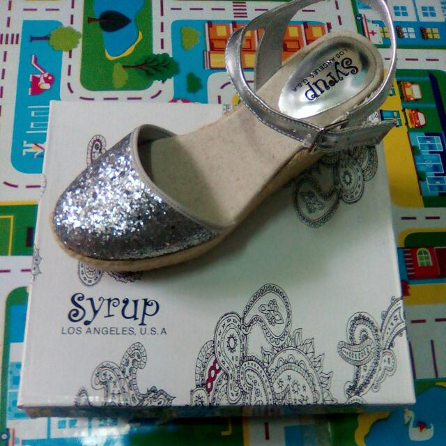 New Syrup Glittery Shoes, Size 6,   P420