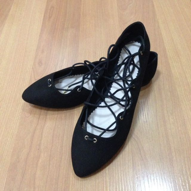 New:H&M black shoes