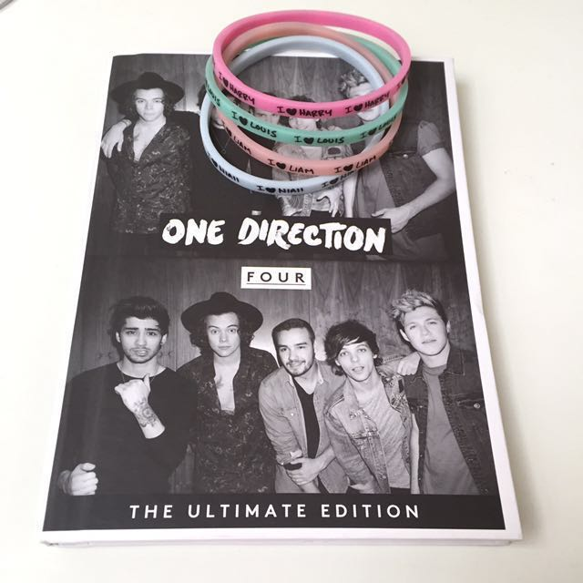 One Direction Album FOUR The Ultimate Edition FREE CLAIRE'S 1D WRISTBANDS FROM UK