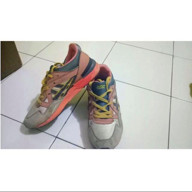 Shoes Asics / Sepatu / Asics