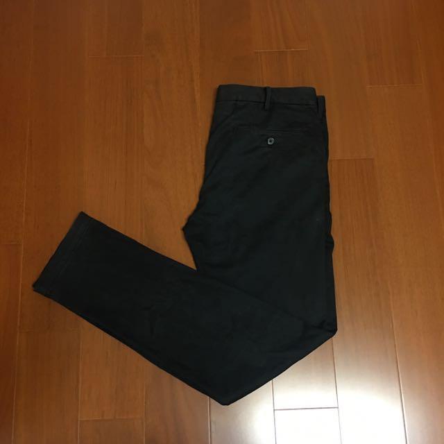 (Size 34w) Uniqlo 彈性擺搭黑色長褲
