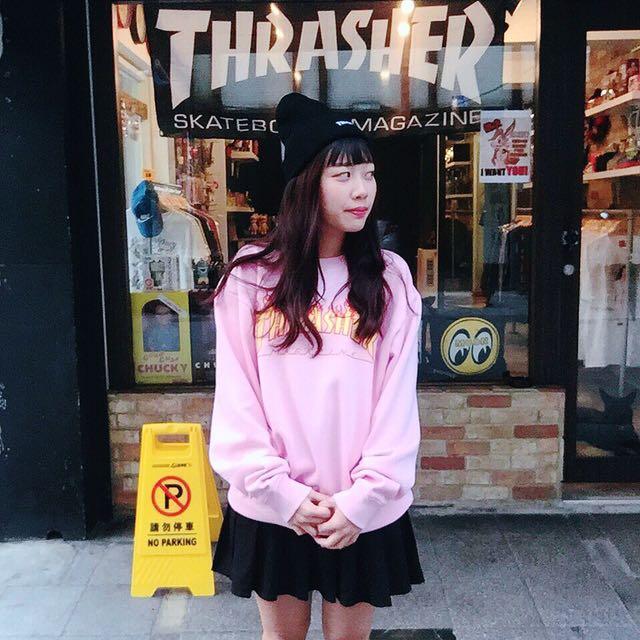 THRASHER 粉色大學踢