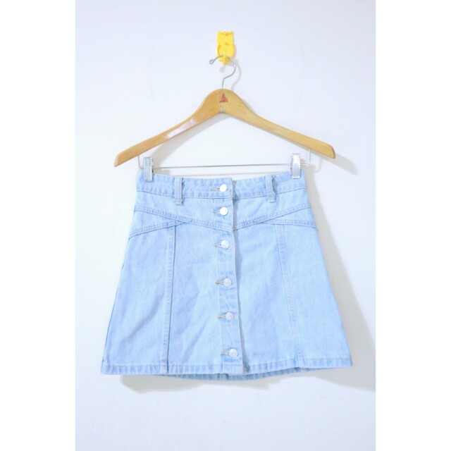 Topshop denim buttoned down skirt