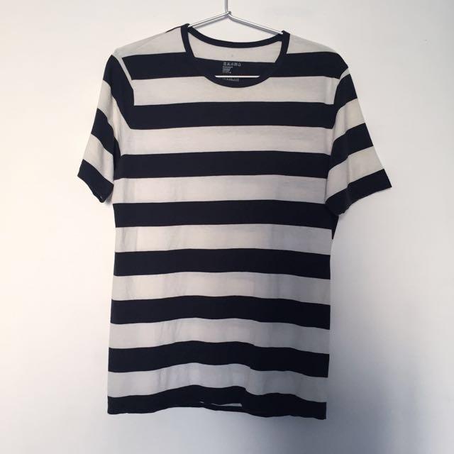 無印良品:黑白粗條紋T-shirt