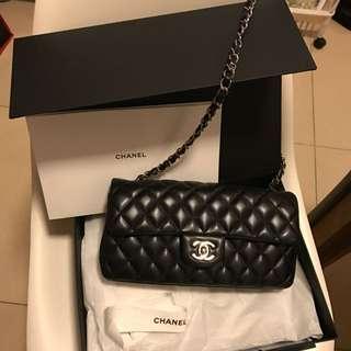 Chanel Classic 短鏈手袋