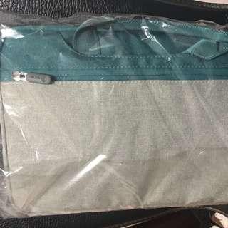 Notebook 電腦袋13寸