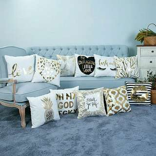 Sarung bantal sofa