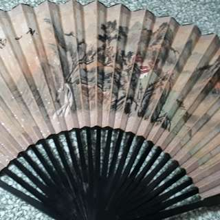 vintage hand fan with mountains & house / No dealers pls