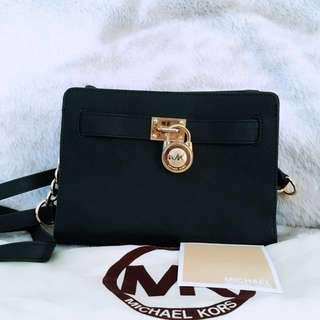 Michael Kors Hamilton Sling bag