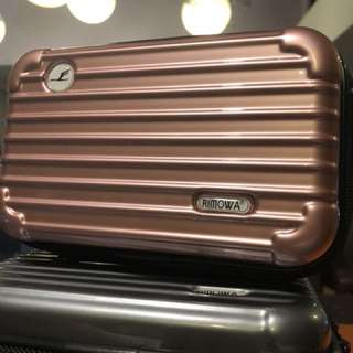 RIMOWA travel kit