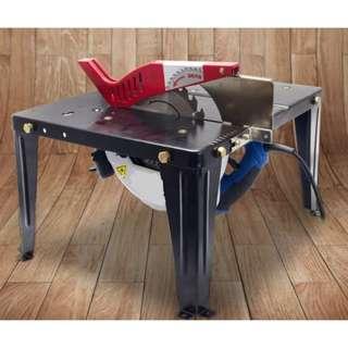 簡易鋼製小型木工裝機枱。備有角度推把及靠山。只可裝7吋風車鋸,曲線鋸,修邊機等
