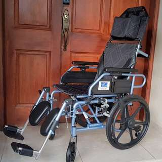 Wheelchair 3mths old only