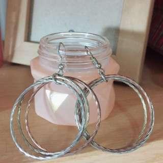 大圈圈耳環