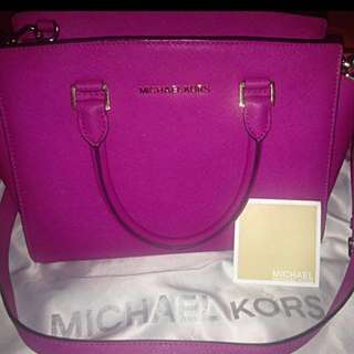 Michael Kors Bag Selma