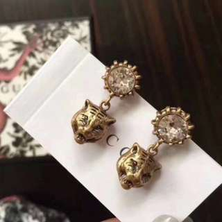 Gucci垂墬式耳環