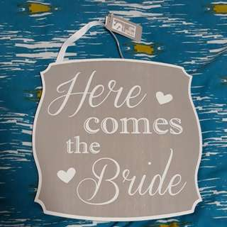 Here comes the bride board