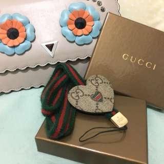 Gucci紅綠心型長電話繩