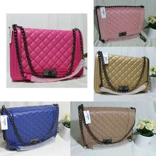 TAS CHANEL BOY MAXI