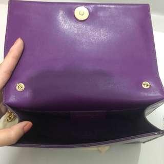 Ferragamo 紫色鐵鏈袋