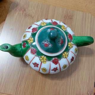 🚚 彩繪小茶壺
