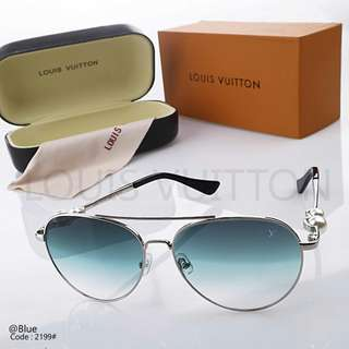 Women's glasses New LOUIS VUITTON 2199#p  Quality : Premium Material Titanium Combi Pearl Ready 5 colours : - Black - Blue - Coffee - Cwp - Purple Specifications : • Length : 15cm • Width : 14,5cm Free Box Weight : 0,2 kg   H 140rb