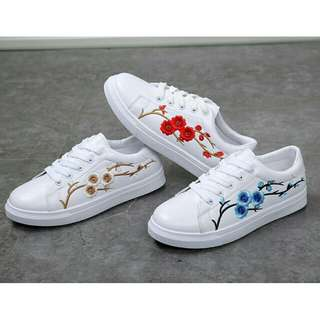 WHITE EMBROIDERY FLOWER CASUAL SPORT SHOES