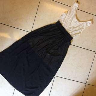 Long DRESS - black n white by Avenue