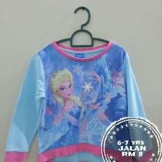 Elsa Sweater tshit