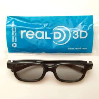 3D glasses x 4 pairs