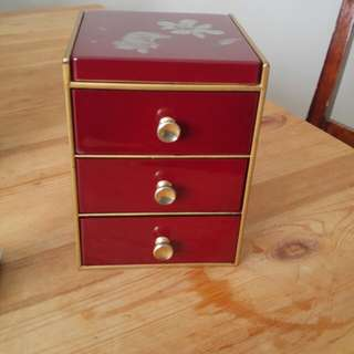Vintage cheery red Japanese inspired jewelry box