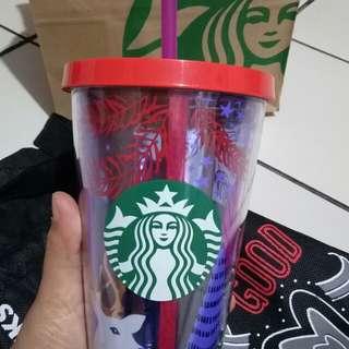 Tumbler Starbucks edisi natal baru