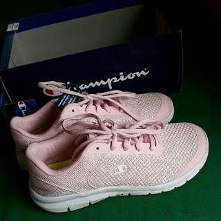Sepatu Running Champion