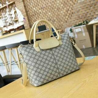GUCCI sling Bag or Handbag