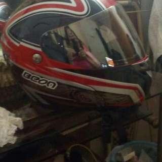 Beon helmet