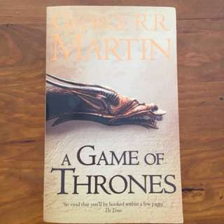 A Game of Thrones Paperback