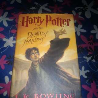 Buku Harry Potter And The Deathly Hallows
