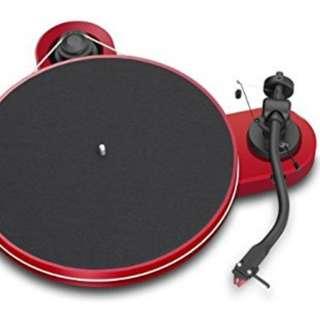 Pro-Ject RPM 1.3 Genie with Ortofon 2M Red