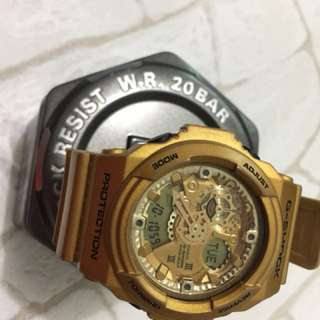 G-shock gold GA110GD-9A with can, no box
