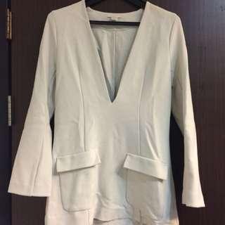 歐洲帶回 H&M V領 米色 長版上衣 洋裝 喇叭袖 可休閒可性感 #舊愛換新歡