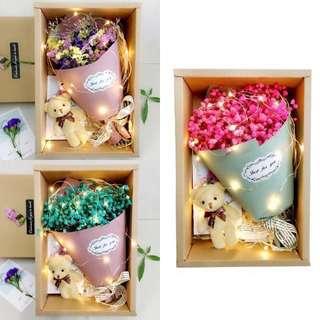 Valentine's Day Dried Baby's Breath Bouquet + Fairy Lights
