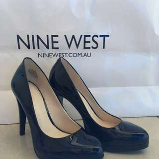 Nine West 4 inch heels, SIZE 5M