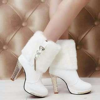 Sepatu boots import